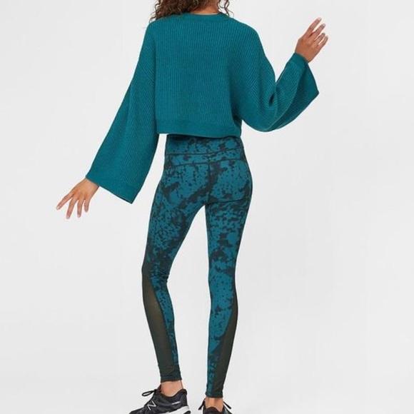50324e19c8d83 Sweaty Betty Pants   Chandrasana Reversible Green Leggings   Poshmark